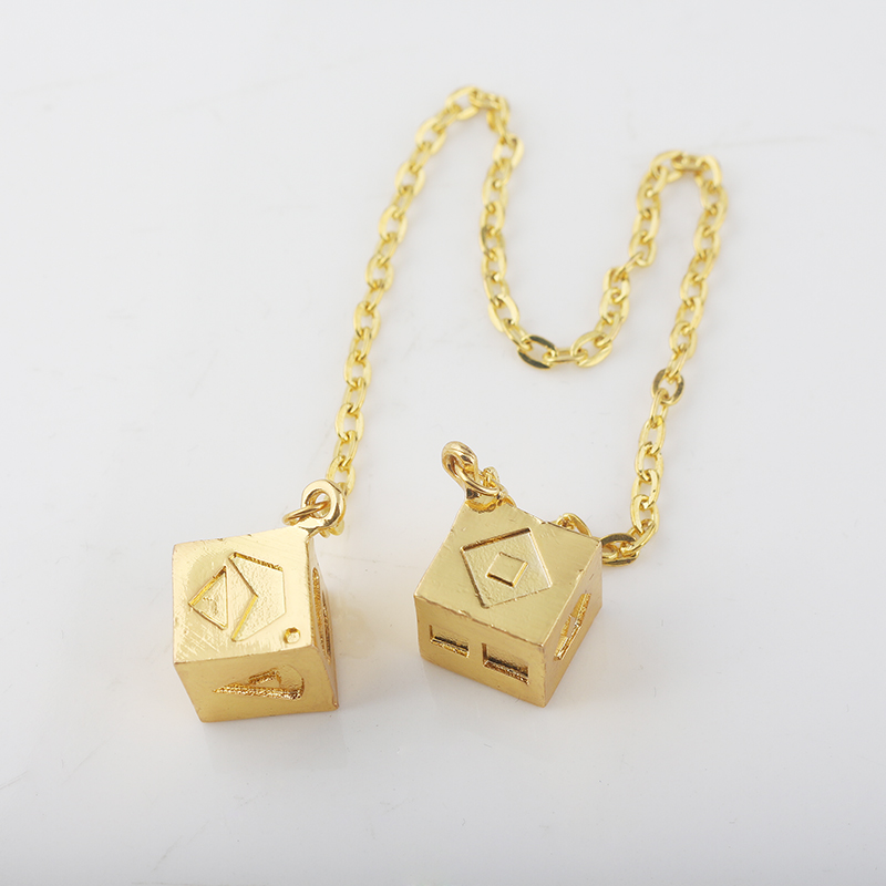 RJ Star Wars 8 The Last Jedi Gold Han Solo Lucky Dice Prop Pendants Ornaments Adjusted Link Necklaces Lady Men Movie Car Jewelry