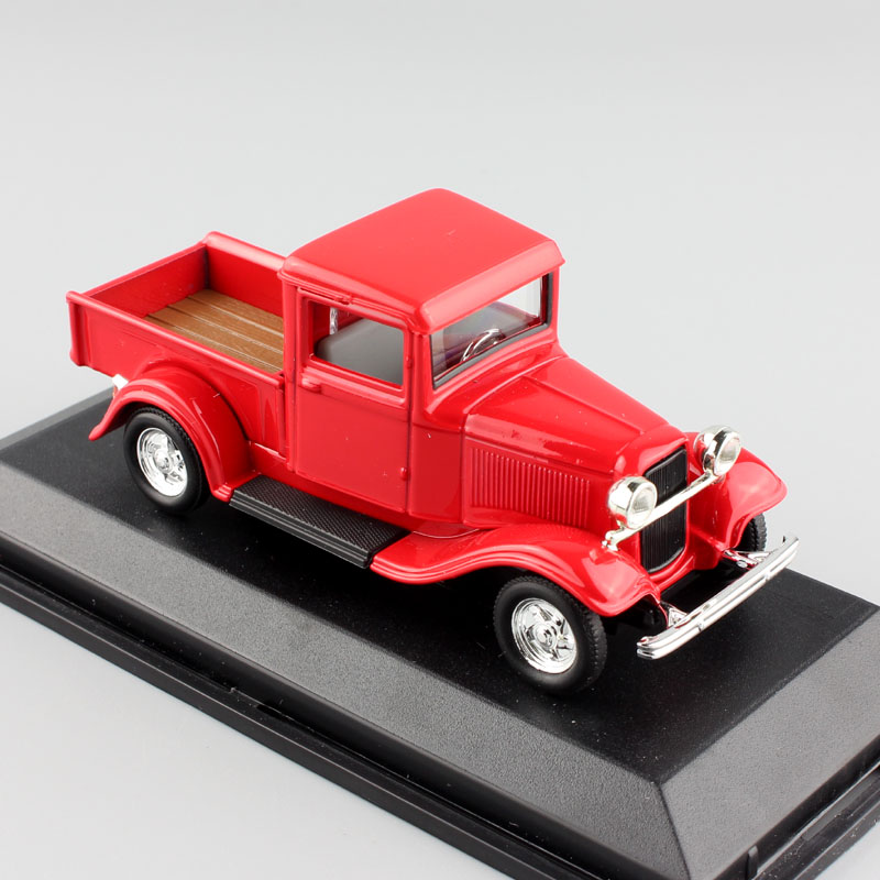 Small Ford Truck: 1/43 Scale Small Vintage 1934 Ford Pickup Pick Up Truck