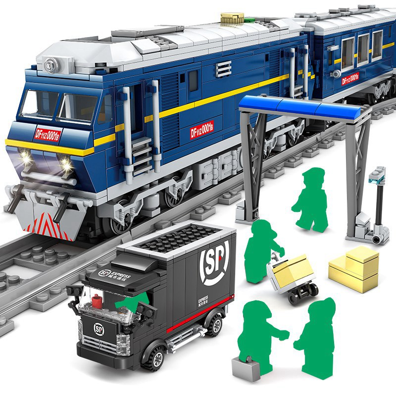 KAZI แบตเตอรี่ไฟฟ้า City Train Rail Cargo ชุด Building Blocks อิฐคริสต์มาสของขวัญ DIY ของเล่นเด็ก-ใน บล็อก จาก ของเล่นและงานอดิเรก บน   2