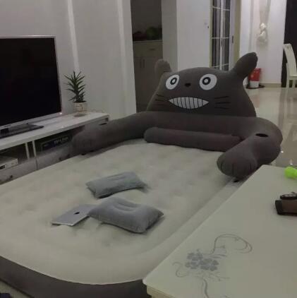 Expédier par dhl Totoro Confortable anime Mignon Gonflable Lit de Couchage doux Couvertures d'ouatine de corail tapis climatisation feuille