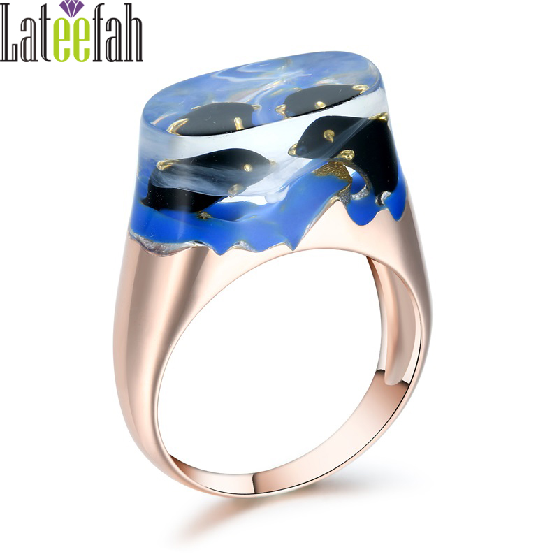 Art Deco Transparent Resin Rings for Women Unique Rose Gold Miniature Landscape Jewelry Animal Jumping Dolphins Ring Anel Bague