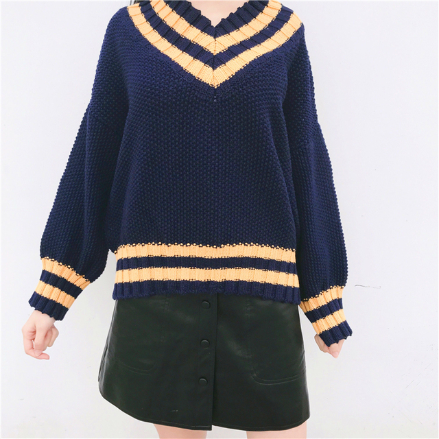 3c8597b94 Women Sweaters and Pullovers 2018 Winter Korean Style Striped V Neck Long  Sleeve Knitted Sweater Tops