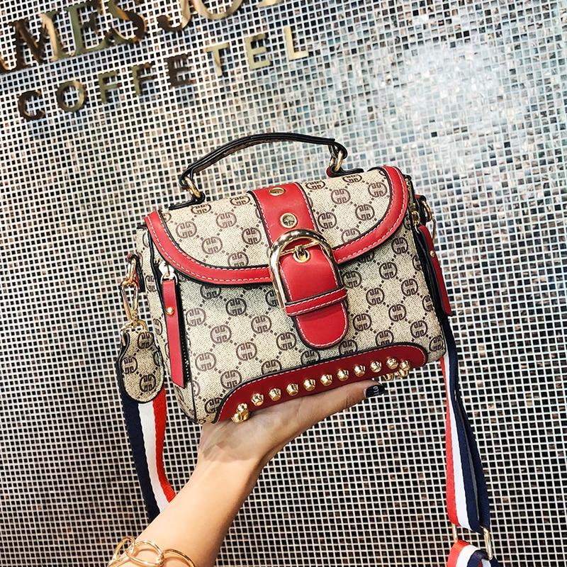 34fb7be28d04 Новые сумки через плечо для женщин 2018 сумки-мессенджеры винтажные кожаные сумки  женские знаменитые брендовые заклепки маленькая сумка на п.