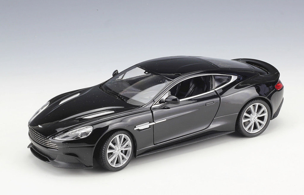 Welly 1:24 Aston Martin Vanquish Black Diecast Model Sports Racing Car Toy NEW IN BOX
