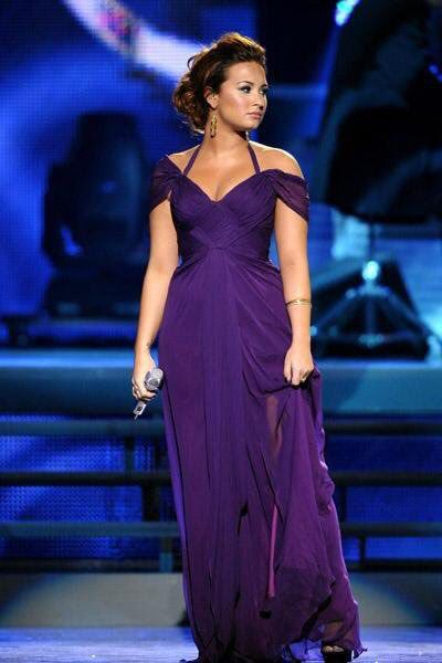 Celebrity Evening Gowns Purple – fashion dresses ed6cc940b588