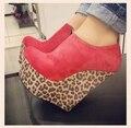 Rojo Tobillo Alto Leopardo Cuñas Mujeres Zapatos de Plataforma Del Dedo Del Pie Cerrado Las Mujeres Zapatos de Diseño Zapatos de Tacón Cuñas zapatos de Tacón Alto Hechos A la Medida
