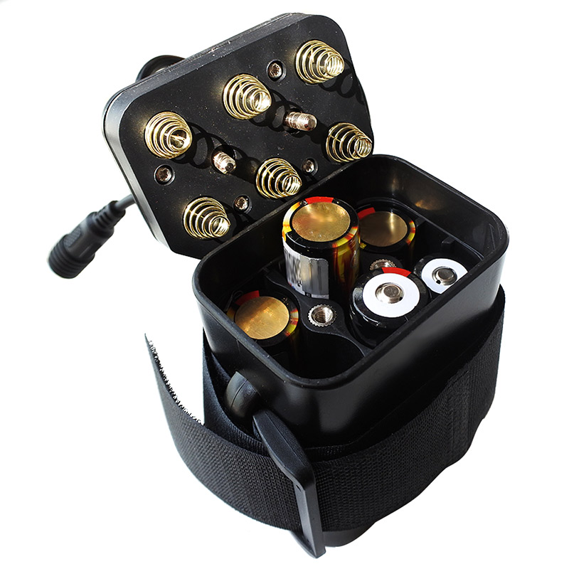 Image 3 - Hot 6 Section 18650 Waterproof Battery Case 18650 Battery Pack 5VUSB/8.4VDC Dual Interface 18650 Waterproof Battery House Cover-in Outdoor Tools from Sports & Entertainment