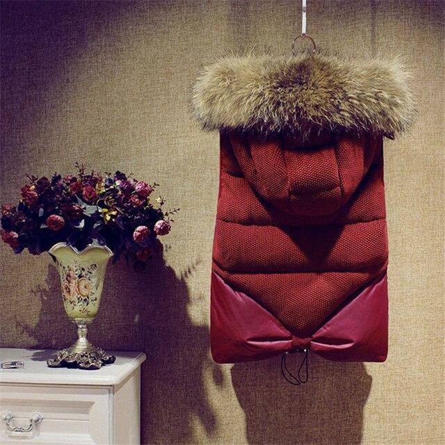 Para mujer abajo invierno chaleco cuello de piel grande verdadero mujer encapuchados abrigo corto delgado pato abajo cubre espesa chaleco acolchado abrigos y chaquetas TT304
