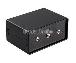 Image 4 - Nobsound סטריאו 3 דרכים אודיו אות XLR מאוזן קלט Switcher ממיר ספליטר Preamp משלוח חינם