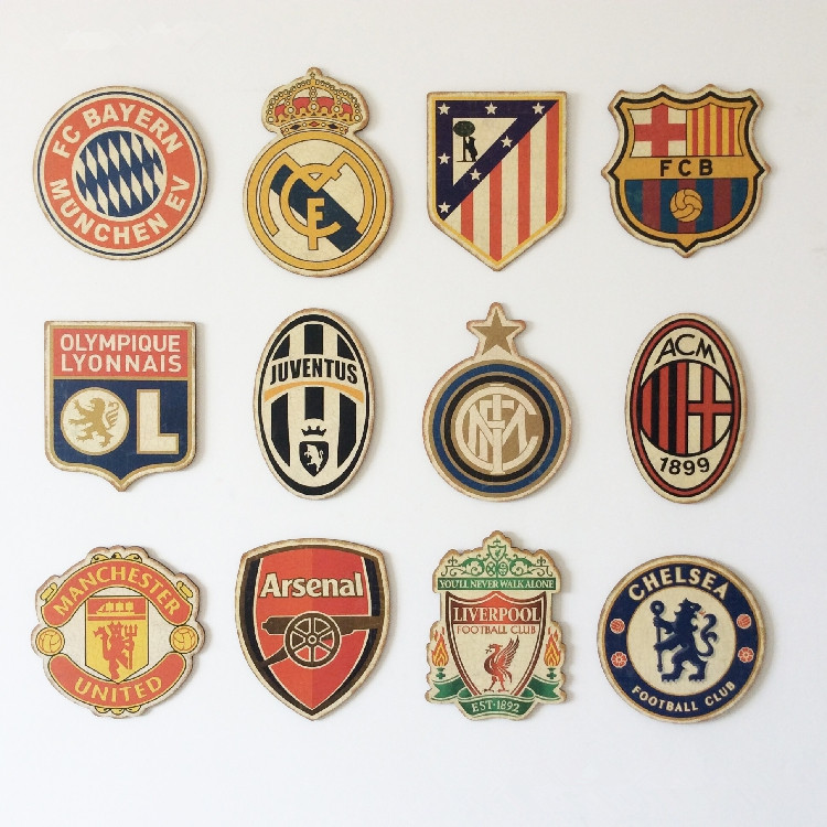Football Team Logo Club Signs Nostalgia Retro Plaques Plate Poster Wall Sticke Football Hobby Collection Boy Bedroom Decoration