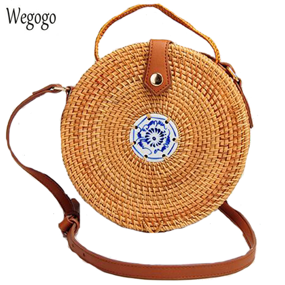 INS Popular Women Hand Woven Bag Round Rattan Straw Knitted Bag Bohemia Simple Small Travel Beach Circle Messenger Bag For Woman
