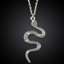 2017 New Women Jewelry Vintage Silver Tone 2″X1″ Cute Snake Pendant Short Necklace DY153 Free Shipping