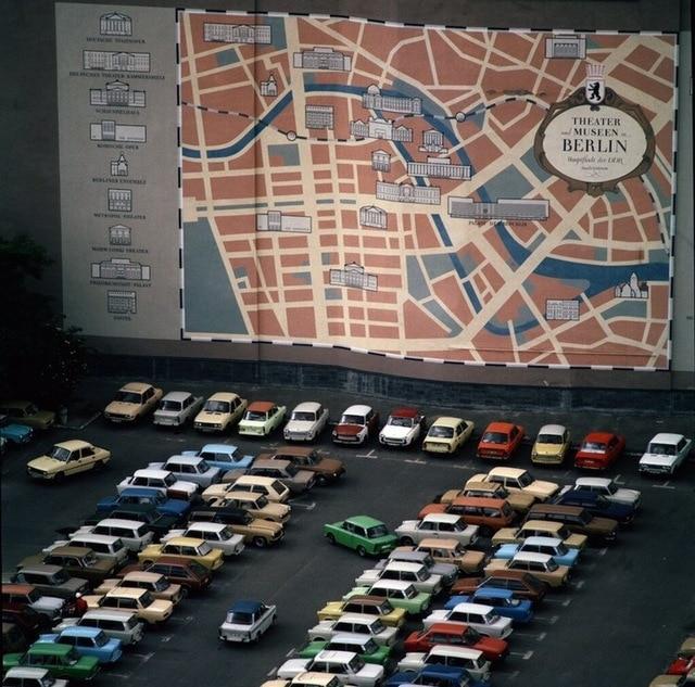 Voitures Parking Lot de DDR socialisme Album Photo Vintage Art décoratif Kraft affiche toile peinture mur autocollant décor maison cadeau