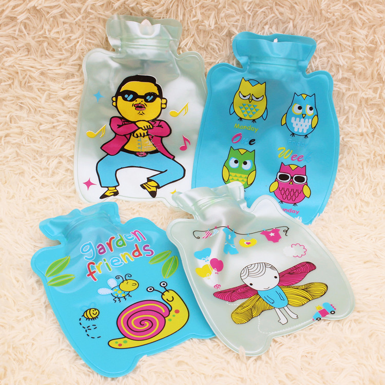 1pc 20cm*14cm Bottle Shape Cartoon Printed Pearl Light PVC Explosion-proof Hot Water Bag Hand Warmer Storage Water Bag 1786HW lovely cartoon charging electric hot water bag environmental protection material safety explosion proof anti warm water bag