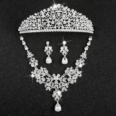 Hot Sale Sliver Plated Rhinestone Crystal Necklace+Earrings+Tiara 3pcs Jewelry Set For Bride Bridal Wedding Accessories (19)