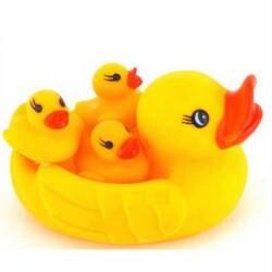 4 шт один большая утка withThree маленькие утки купания развивающие игрушки воды плавающие писклявый резиновый утки