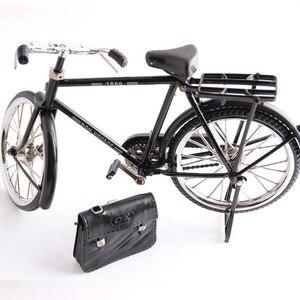 Image 1 - Modello di bicicletta in metallo nero e modello di decorazione regalo giocattolo mini accendino
