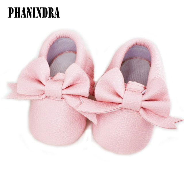 ea47465c51 US $4.04 19% OFF|2018 New Baby Moccasins Soft sole Fashion Tassels Baby  Moccasin girls PU leather pink bowknot infant Boots Newborn Baby Shoes -in  ...