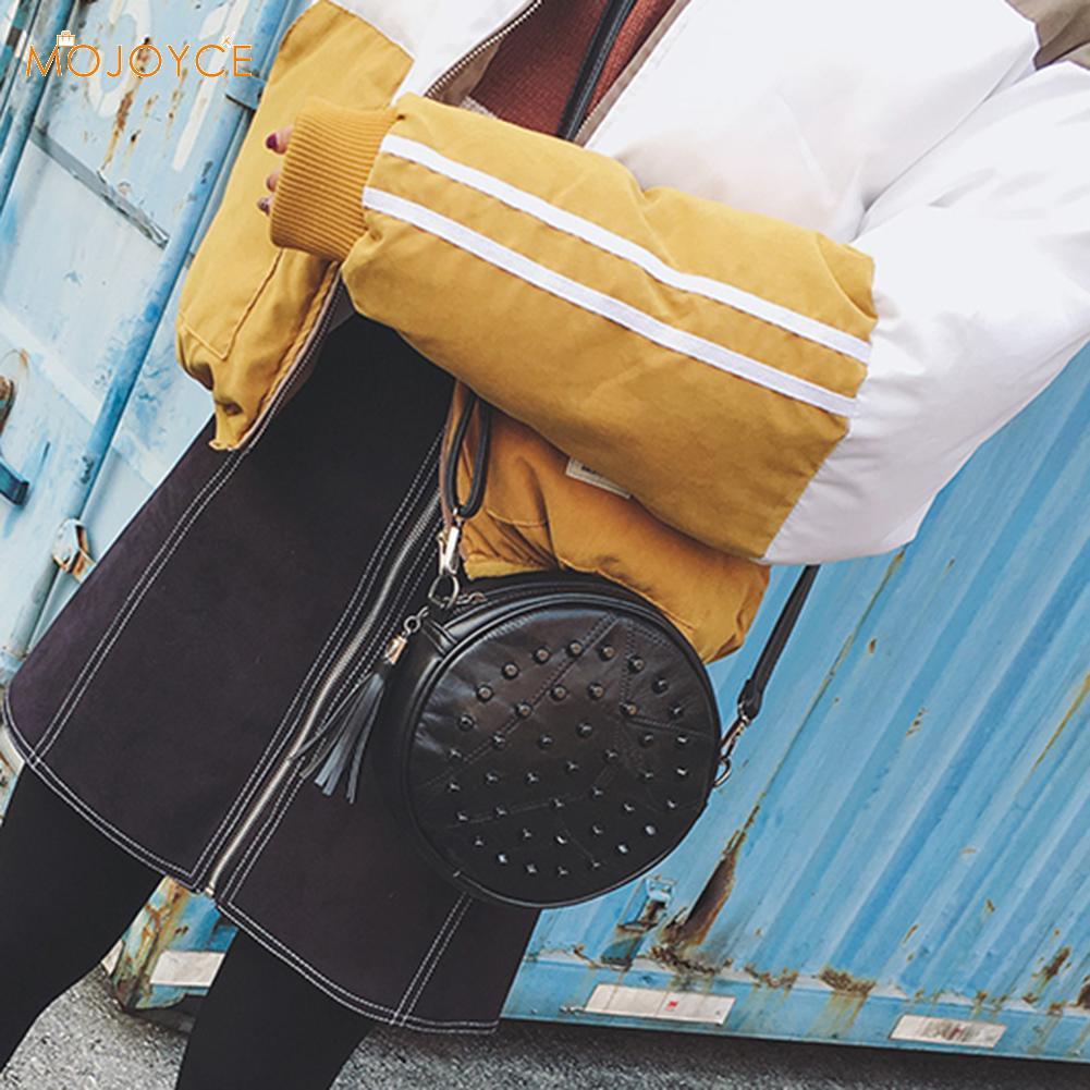 Bolso bandolera de piel de oveja, con remaches, bonito bolso de hombro redondo, bandolera 2019, borla negra, bolsos de cuero para mujer
