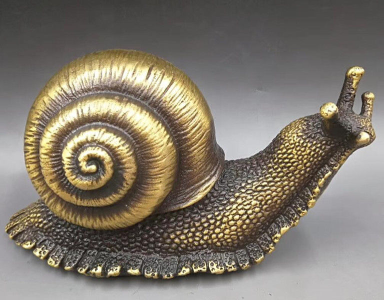 CHINESE BRASS HAND-CARVED snail statuesCHINESE BRASS HAND-CARVED snail statues