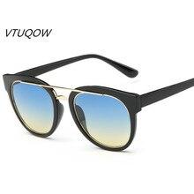 Gafas de Sol de moda Las Mujeres de Las Mujeres Puntos de Conducción Femenina Gafas de Marco Negro Gafas de Sol Retro Para Mujeres de Las Señoras gafas de sol UV400