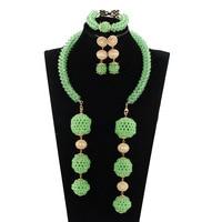 À la mode 2017 Cadeau Bijoux De Mode Chaux Vert Nigérian De Noce Parures Africaine Perles Pendentif De Mariée Collier Ensemble ABH600