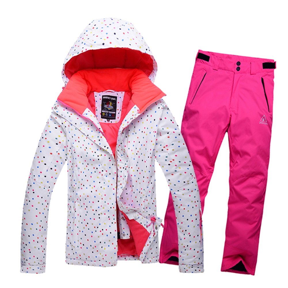 Winter women s ski suit Dots printing female snow jackets and pants sets  breathable waterproof snowboard skiing clothing-in Skiing Jackets from  Sports ... 4ba6283fa
