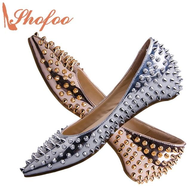 47f501779 Sapatos Flats Mulher Prata ouro Festa Casual Rebites Ponto Toe Flats  Clássicos Sapatos de Superstar Projeto