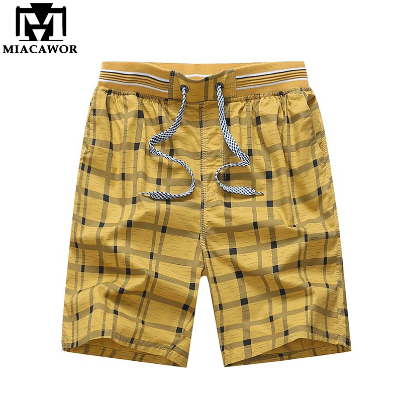 MIACAWOR 2019 New Summer 100% Cotton Casual Men Shorts Fashion Plaid Beach Shorts Homme Elastic Waist Sweatpants K816