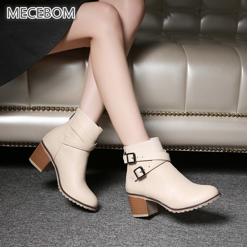 af2cfa9fb5ca7 حذاء نسائي بكعب عالٍ أحذية الخريف حذاء من الجلد ل الإناث سستة بو أحذية بوت  قصيرة الأزياء مشبك النساء الأحذية زائد حجم 34-43 0839 W