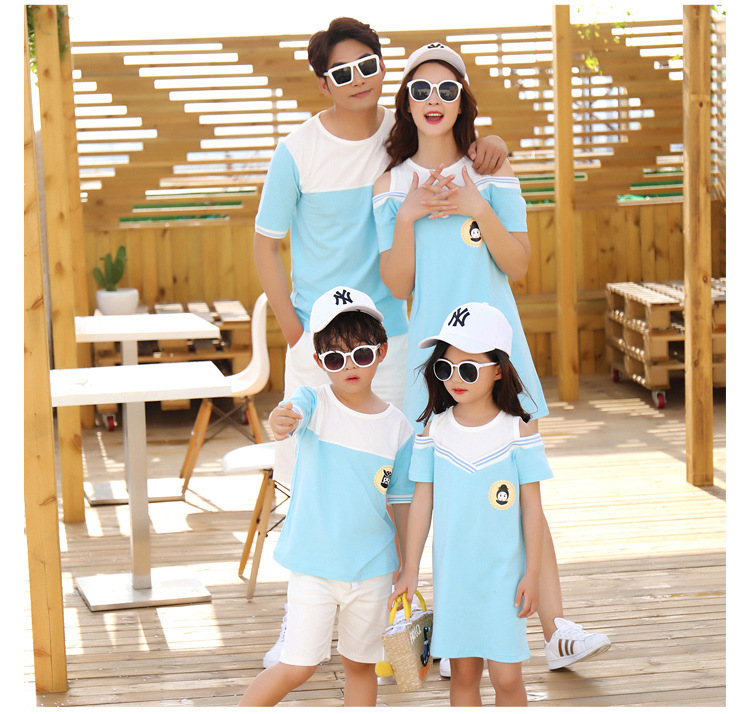 HTB1hKYtclWD3KVjSZFsq6AqkpXaH - Summer Clothes Family Matching Outfits Dad Son Short Sleeve T-Shirt Mother Daughter Dresses Cute Blue White Dress Clothing