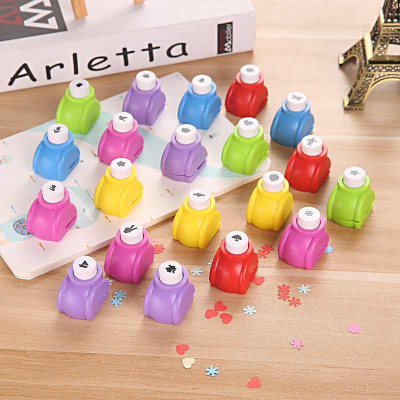 Creative Handmade DIY Embossing Punch Hole Puncher Various Pattern Class Supporting Student Stationery Random Color Child Gifts