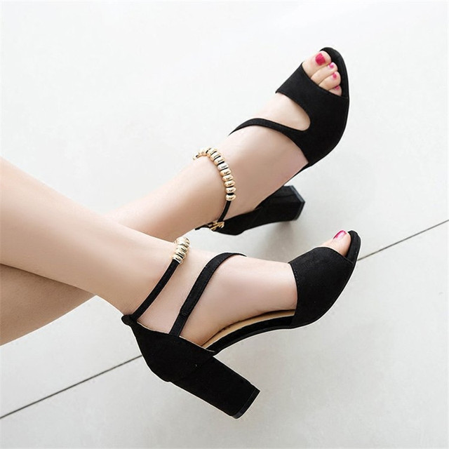 2018 spring sexy fish mouth hollow Roman sandals thick with a word with beaded high heels female summer Sexy female sandals x25
