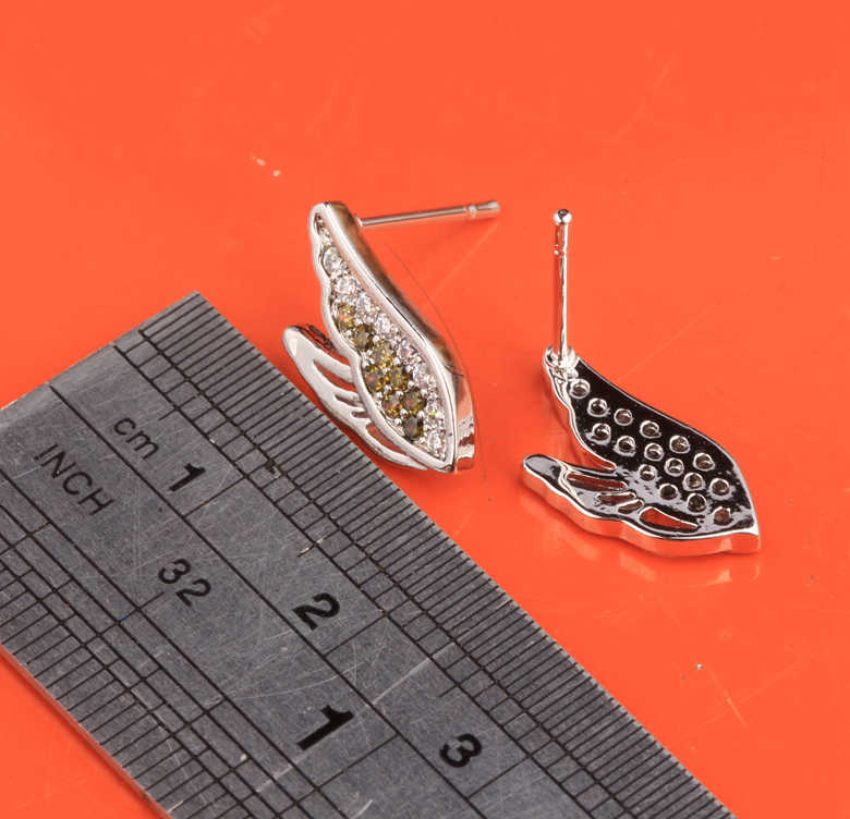 Charismatic Swan Shape Green Olive Peridot Cubic zirconia 925 Sterling Silver Studs Earrings For Women Free Shipping S5539