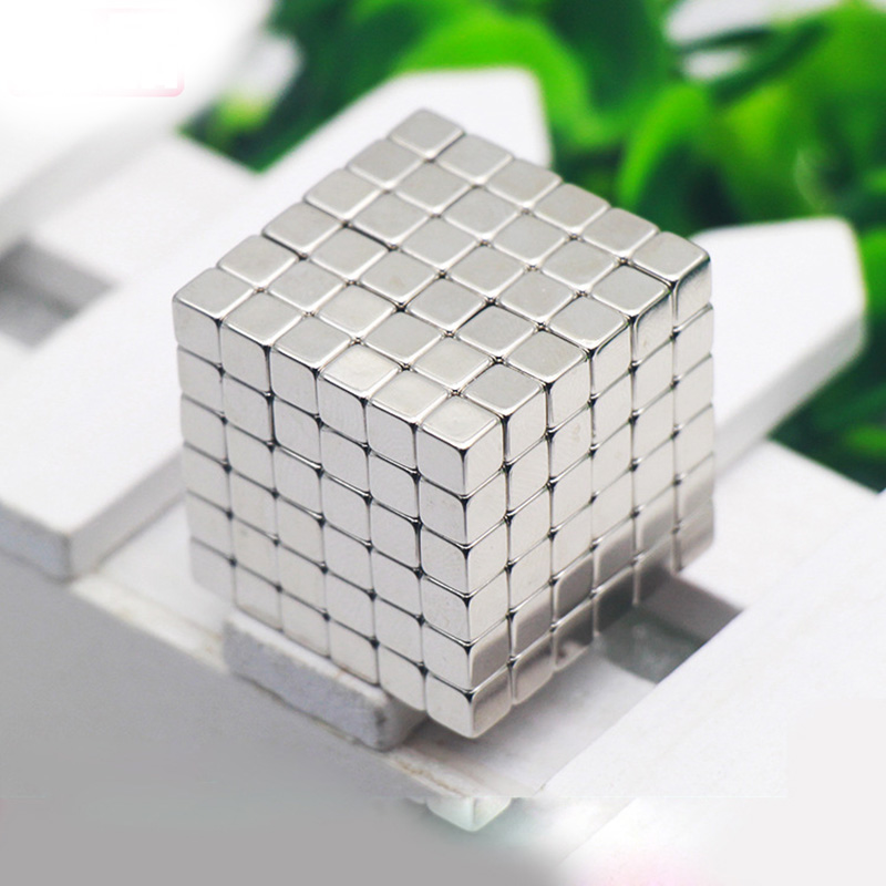 216PCS ,5mm Silver Neodymium Square Magnetic , Puzzle NeoKub OF Magnetic Beads With Metal Box