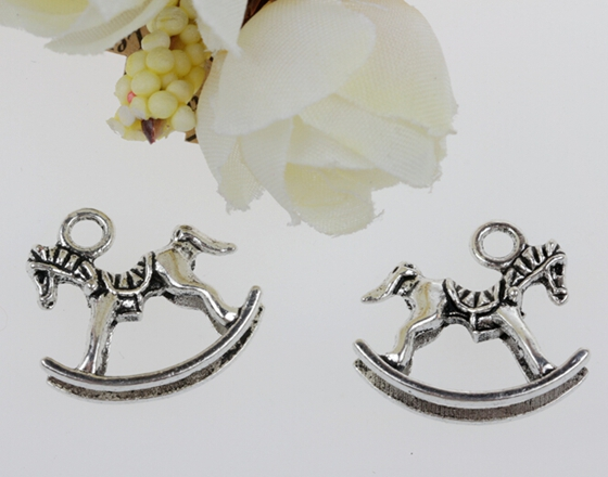 Vintage Silver Trojans Horse Charms Pendant For Jewelry Making Bracelets Necklace Crafts Handmade Accessories Gifts Hot Z142