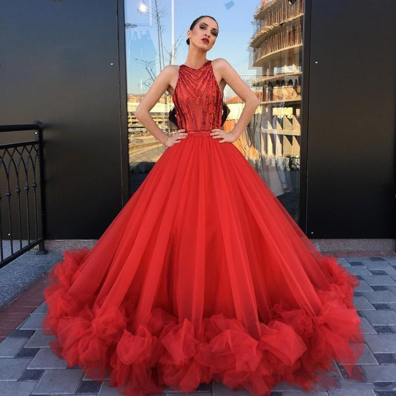 Eye-Catching Red Ball Gown Prom Dresses Long Sleeveless Ruffles Bottom Chic Bridal Evening Party Dress Gala Pageant Dresses