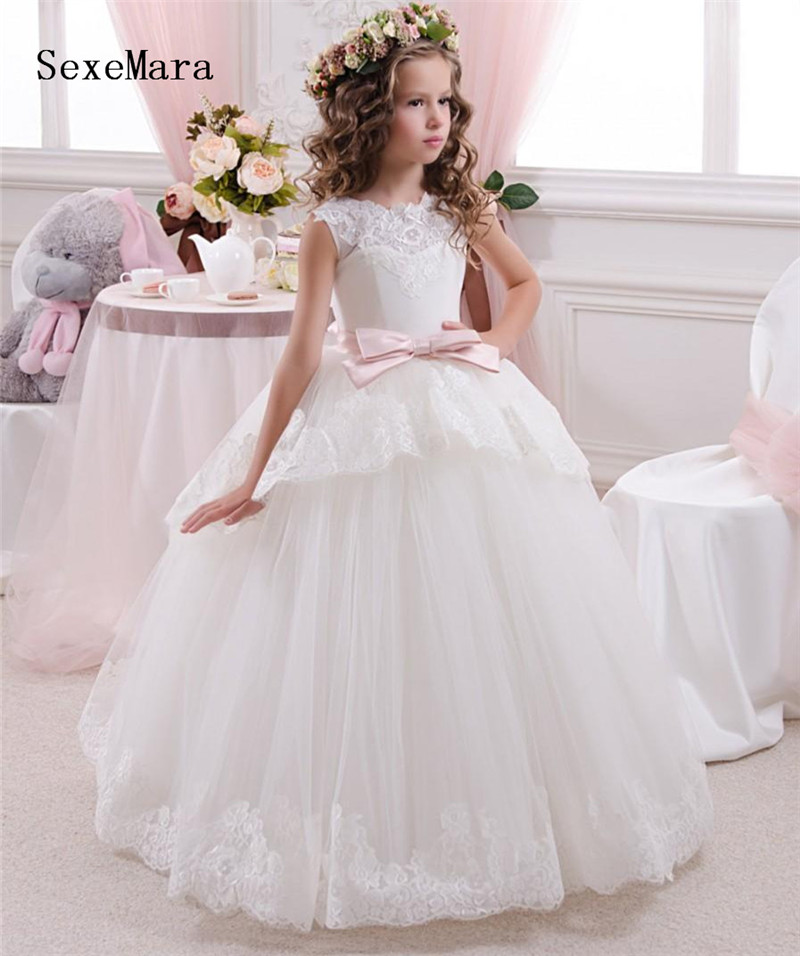 White Ball Gown Puffy   Flower     Girls     Dress   for Wedding with Ribbon Tiered Tulle Lace   Girls   Communion   Dress   Birthday Gown Any Size