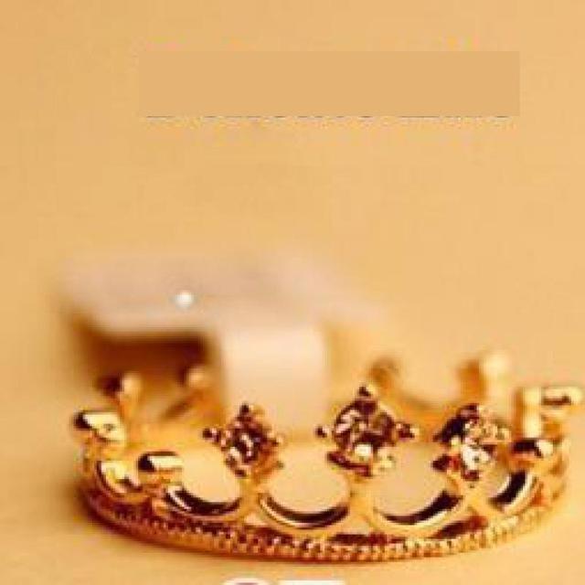 European and American jewelry choke a small chili with paragraph Lolita Fangzuan crown ring wholesale women Rings  Women Wedding