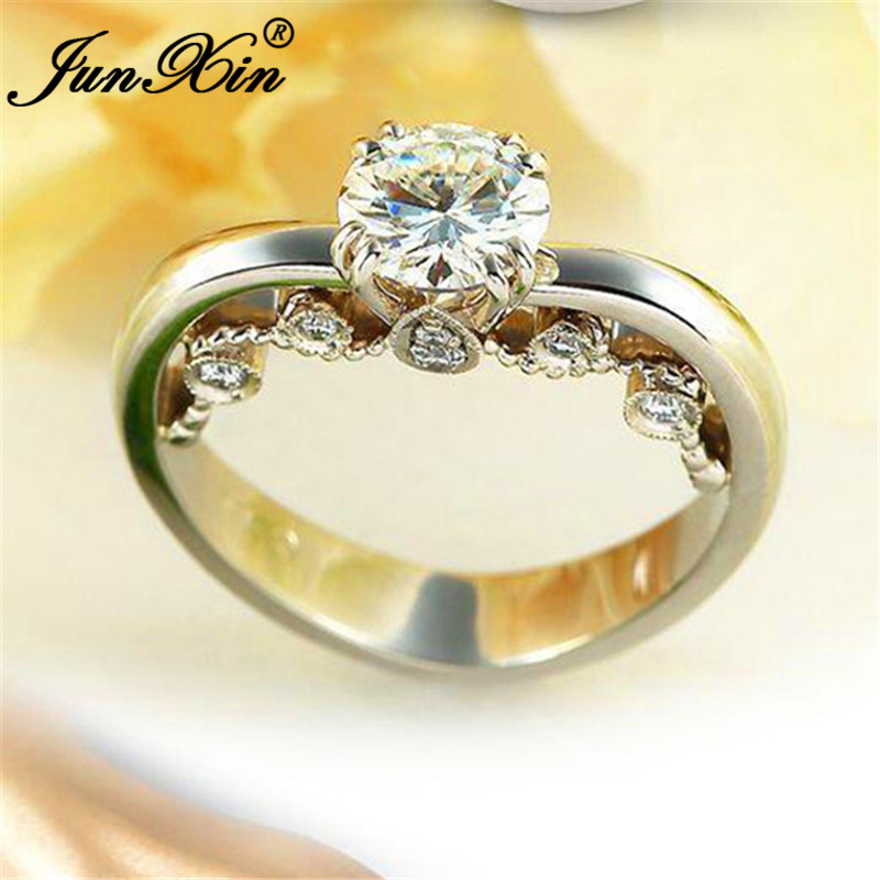 JUNXIN Unique Love Heart Ring Silver Color Round Crystal Rings For Women Wedding Bands Vintage White Zircon Engagement Ring(China)