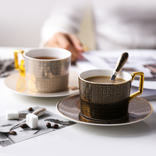Classic High-grade grid coffee cups and saucers European elegant bone china Coffee cup British Afternoon Tea Black Teacup Set