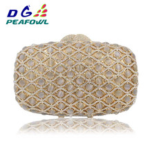 Gold Diamond Plaid Striped Fashion Women Chain Clutch Evening Bag champagne Luxury Party Prom banquet Purse Ladies Day Clutches pink luxury evening clutch bag diamond crystal clutches party purse for prom ladies round wedding bridal bling banquet bag