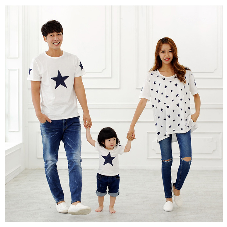 Casual Family Set Stars T shirts Family Matching Outfits Look Father Mother