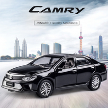 KIDAMI 1:32 Alloy MINIAUTO Camry Pull Back Diecast car model Collection Toys for children Birthday Gift
