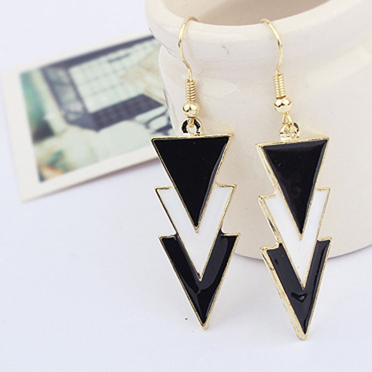 Fashion Long Earrings for Women Black Earrings Vinage Dangle Earring Drop Earrings Geometric Triangle Famous