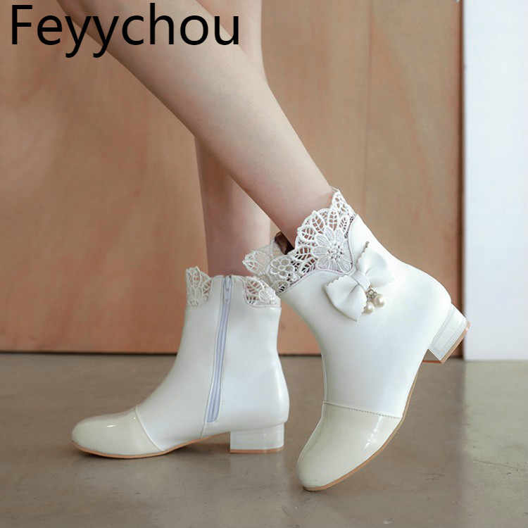 Women Boots Winter Plush Ankle Flower Zip Low Heel Round Toe Pu 2018 New Cute Sweet Student Shoe Flat Bottom Comfortable White