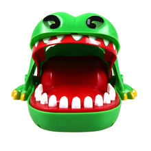 цены Hot Big Practical Jokes Biting Crocodile Mouth Tooth Bite Hand Finger Alligator Bar Game Funny Gags Toy Gift For Kids,Children
