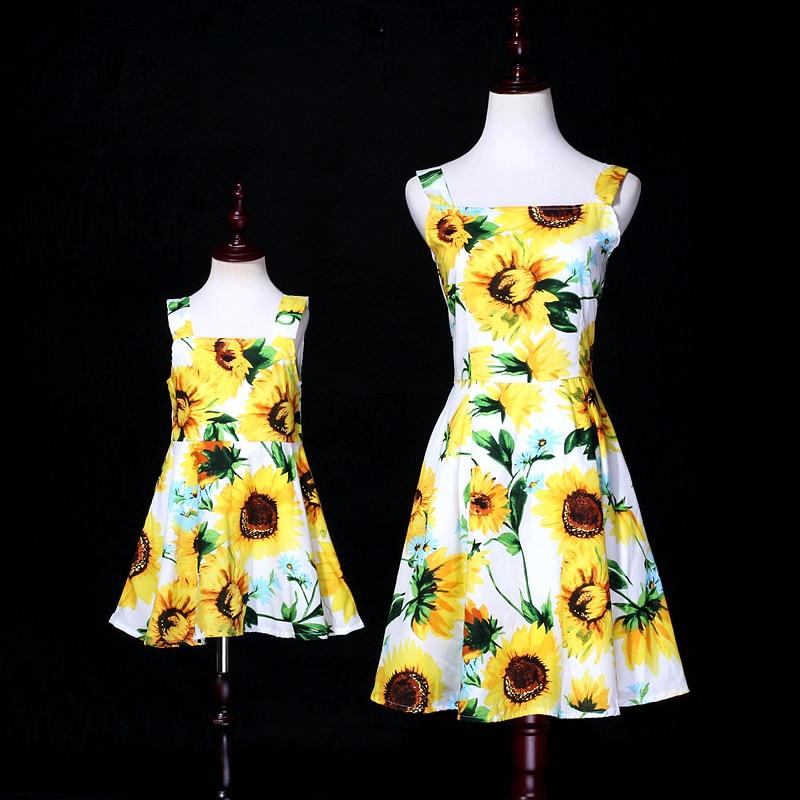 Summer children sunflower cotton family look clothes kids mum girls big hem holiday beach dress mother and daughter slip dresses цена 2017