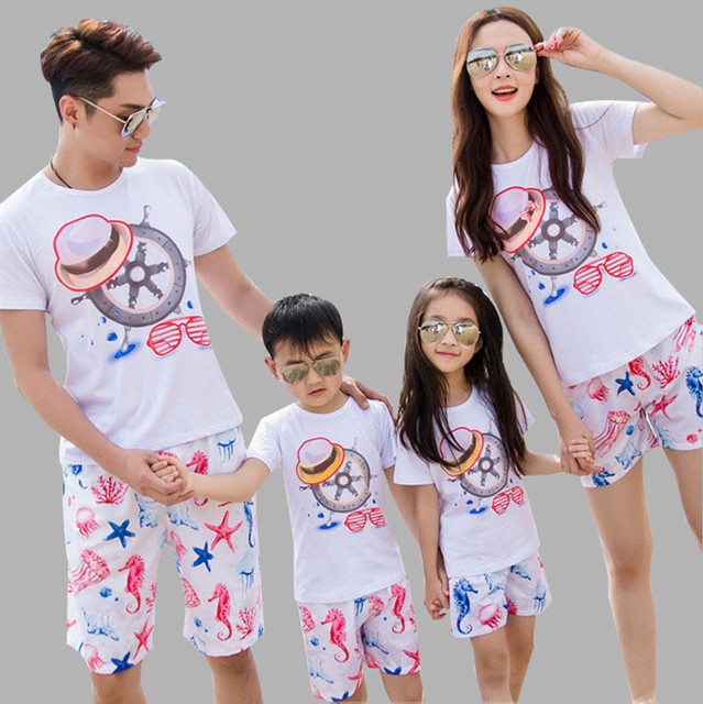 New beach casual family clothes mother father daughter set t shirt+shorts two pieces set mother and baby matching outfits AF1618