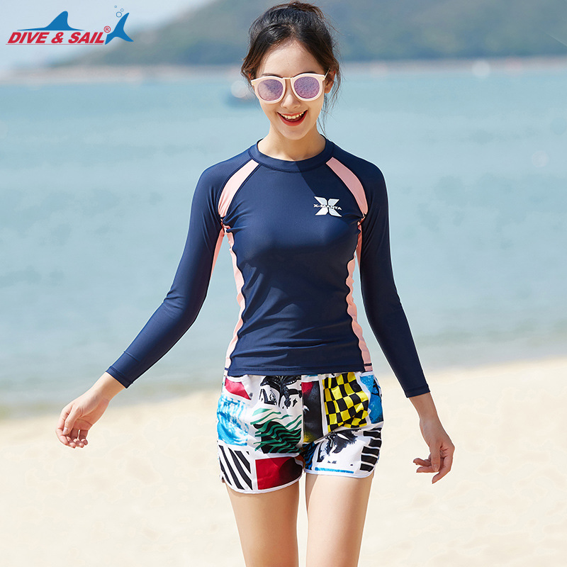 1 set a suit of Swimwear female beach bikinis women swimsuit set bathing suit female beach sports swim suit Clothes+shorts